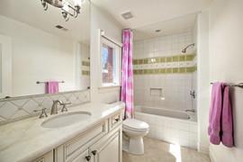 Rachel Betz Real Estate 155 Forest St Hilltop 053