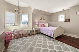 Rachel Betz Real Estate 155 Forest St Hilltop 054