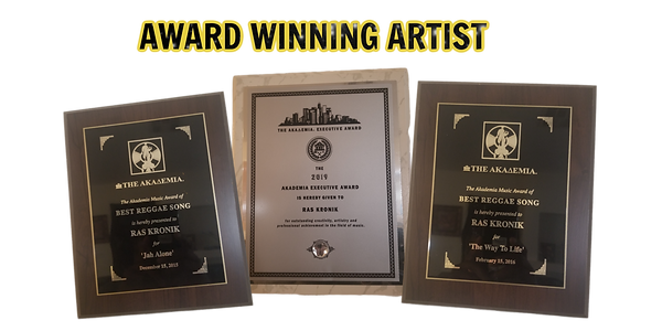 award winning artist.png