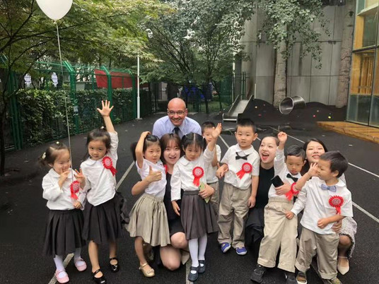 What's it like to be an English teacher in a second-tier Chinese city?