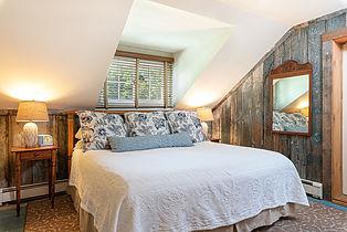 Upper Falls guest room sleeping area @iw
