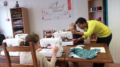 Cours atelier couture enfant vacances angers