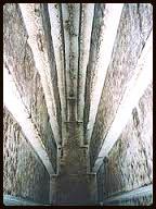 Degraus internos da Pirâmide