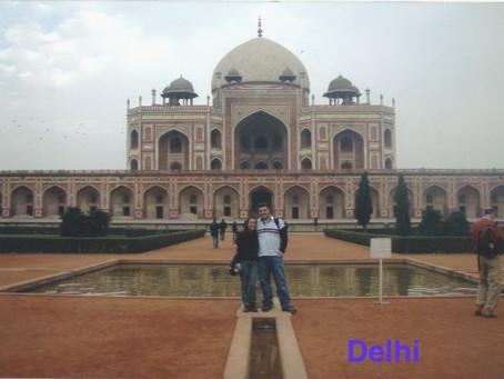 Nova Delhi - Paz , Amor e Yoga