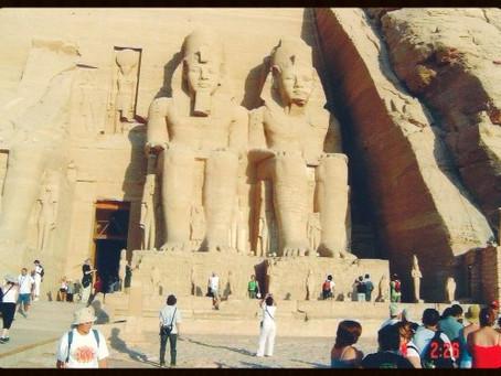 Abu Simbel - O Templo mais lindo e impressionante