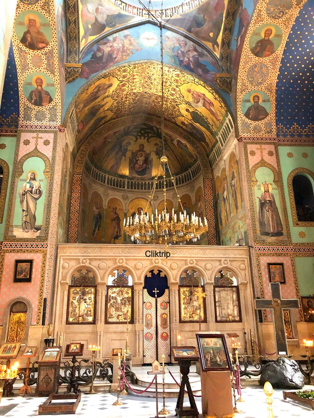 Em Tbilisi , a Catedral Sioni  da Dormição é ortodoxa . Seguindo uma tradição georgiana medieval de nomear igrejas para lugares específicos na Terra Santa , a Catedral de Sioni leva o nome de Monte Sião em Jerusalém.