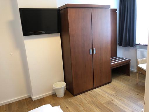 Zimmer 10_2.jpg