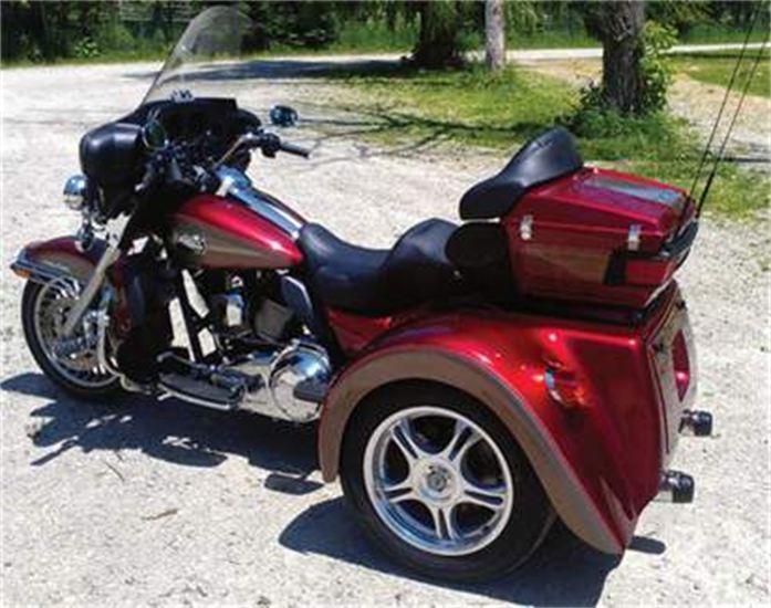 Harley Ultra 2 tone