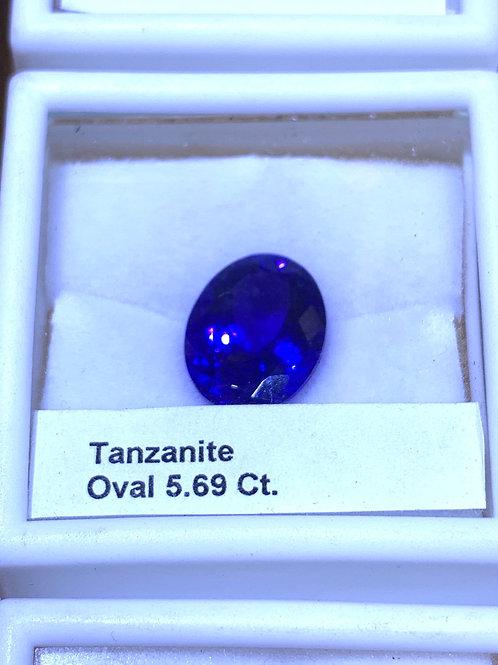 Oval 5.69 tanzanite
