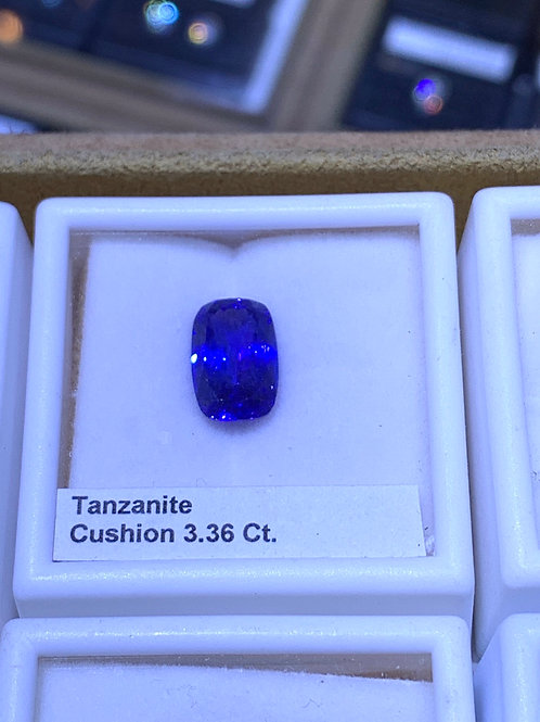 Cushion 3.6 tanzanite