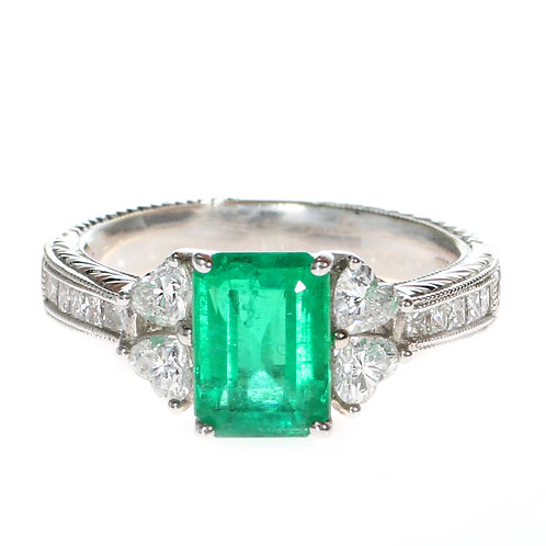 Emerald Ring with Diamonds on Setting Downtown Los Angeles Diamond District