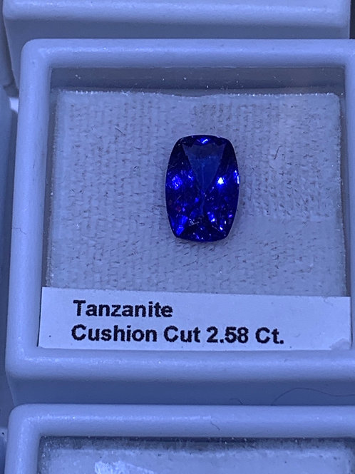 Cushion 2.58 tanzanite