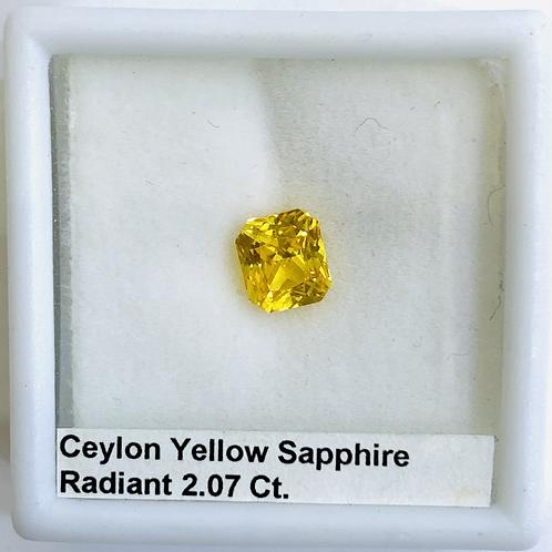 Yellow Sapphire Radiant 2.07 Ct