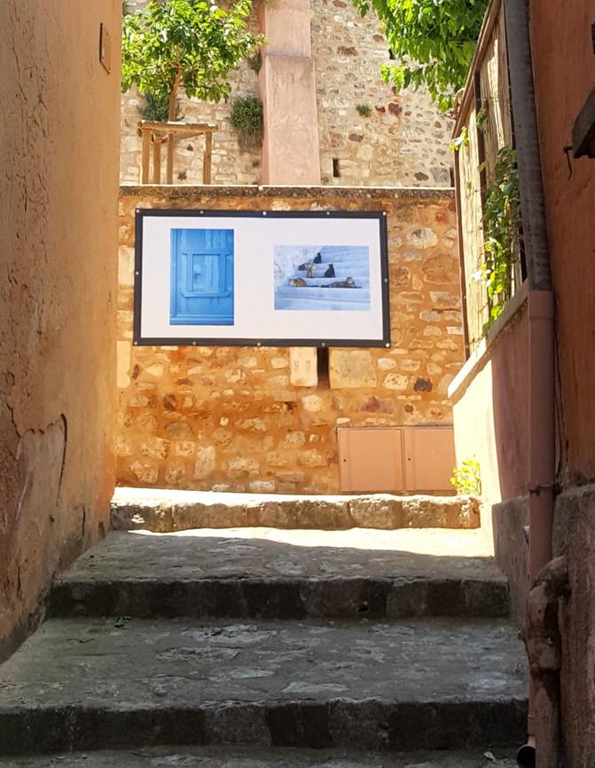 HANS SILVESTER dans les rue de Roussillon, jardin d'Ôkhra et la galerie L jusqu'au 19 novembre 2021