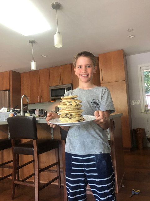 A big pile of yummy pancakes!