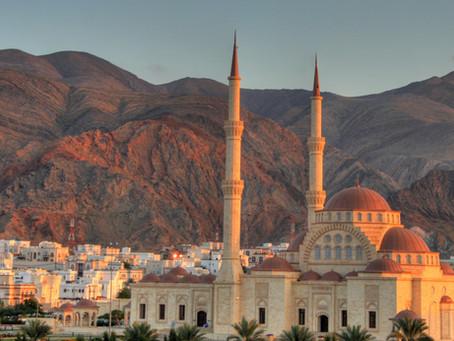 Oman opens to international flights from October 1