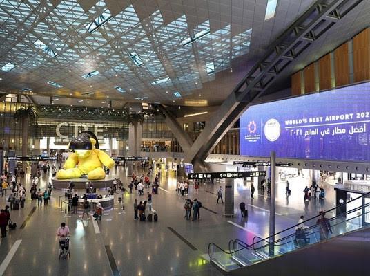 Qatar's Hamad International Airport knocks Changi off top spot