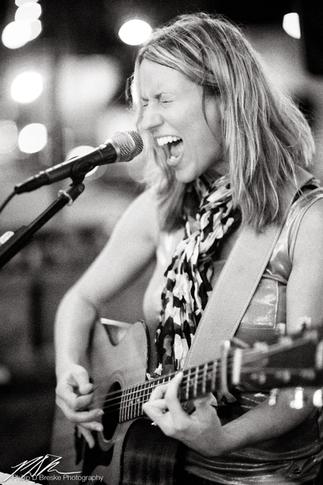 Kimber Davis at Pi on Broadway, Ocala, September 2013