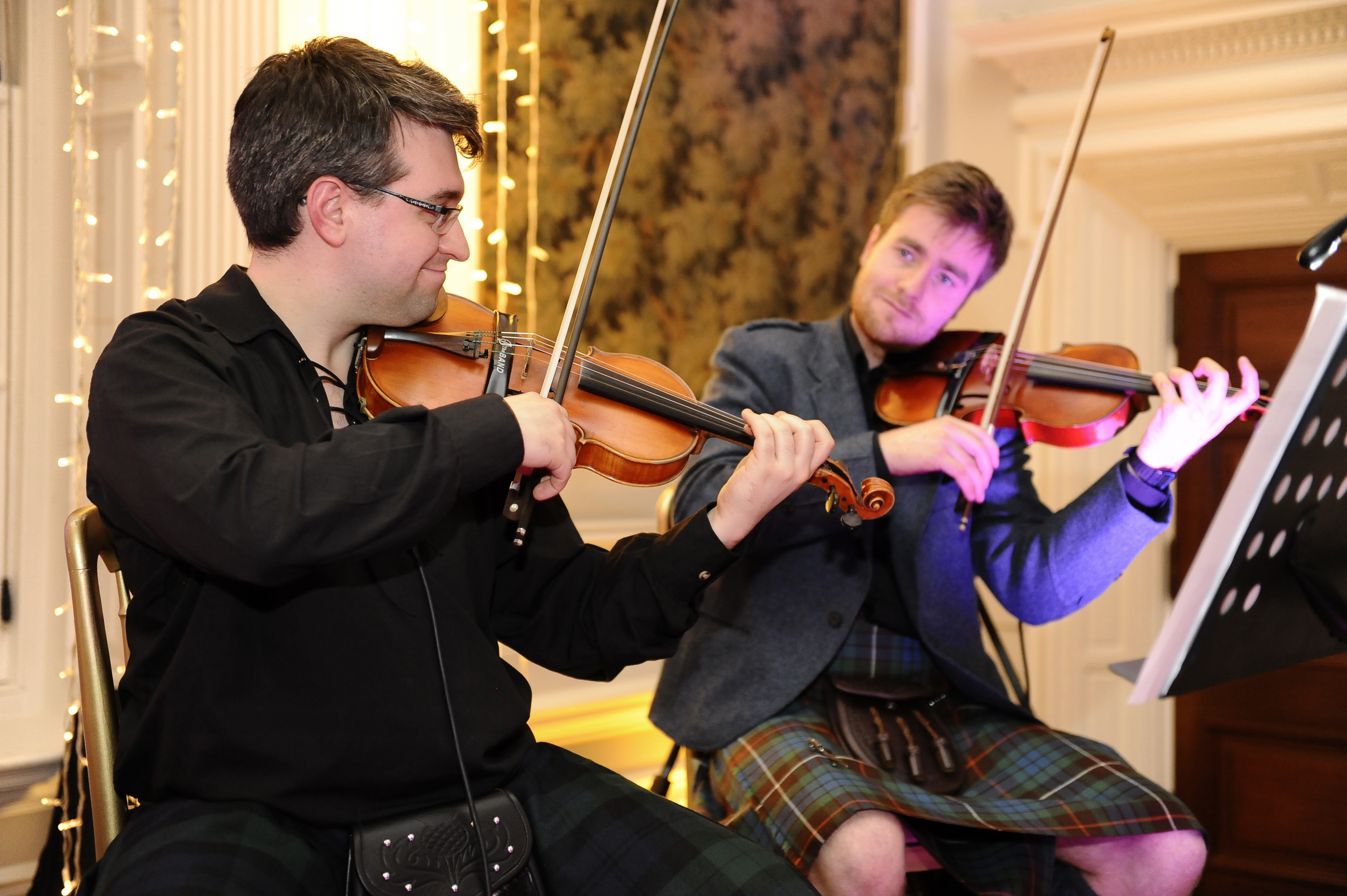 It's No' Reel Scottish Ceilidh Band