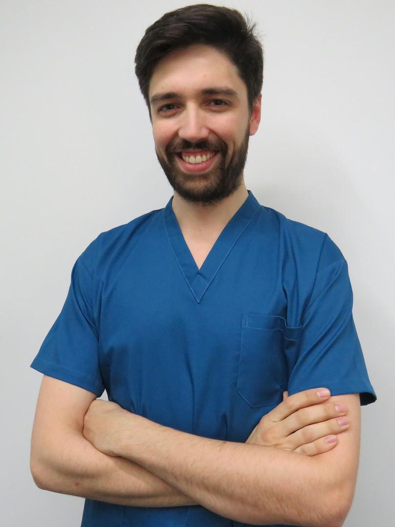 dr-joao-faria-clinica-dentaria-medway