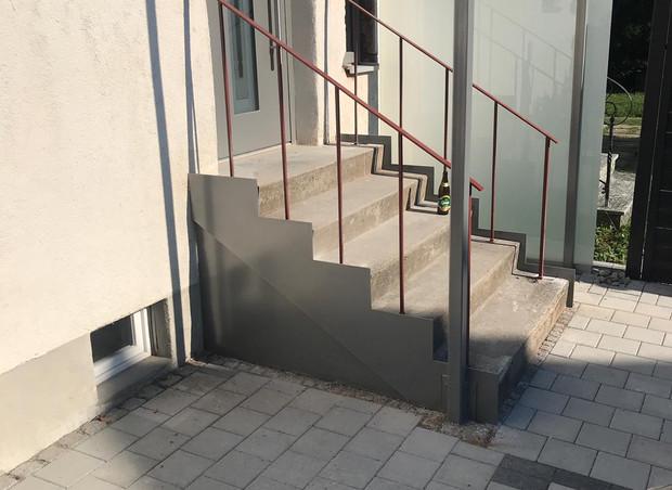 Geländer im Bau
