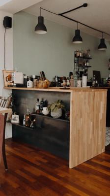 Küchenblende mit Ablagen