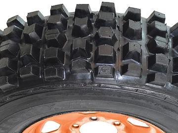 pneus off-road, pneus offroad, pneus fora de estrada, pneus para trilha, 4x4, jeep, Rally, jeepcross, indoor