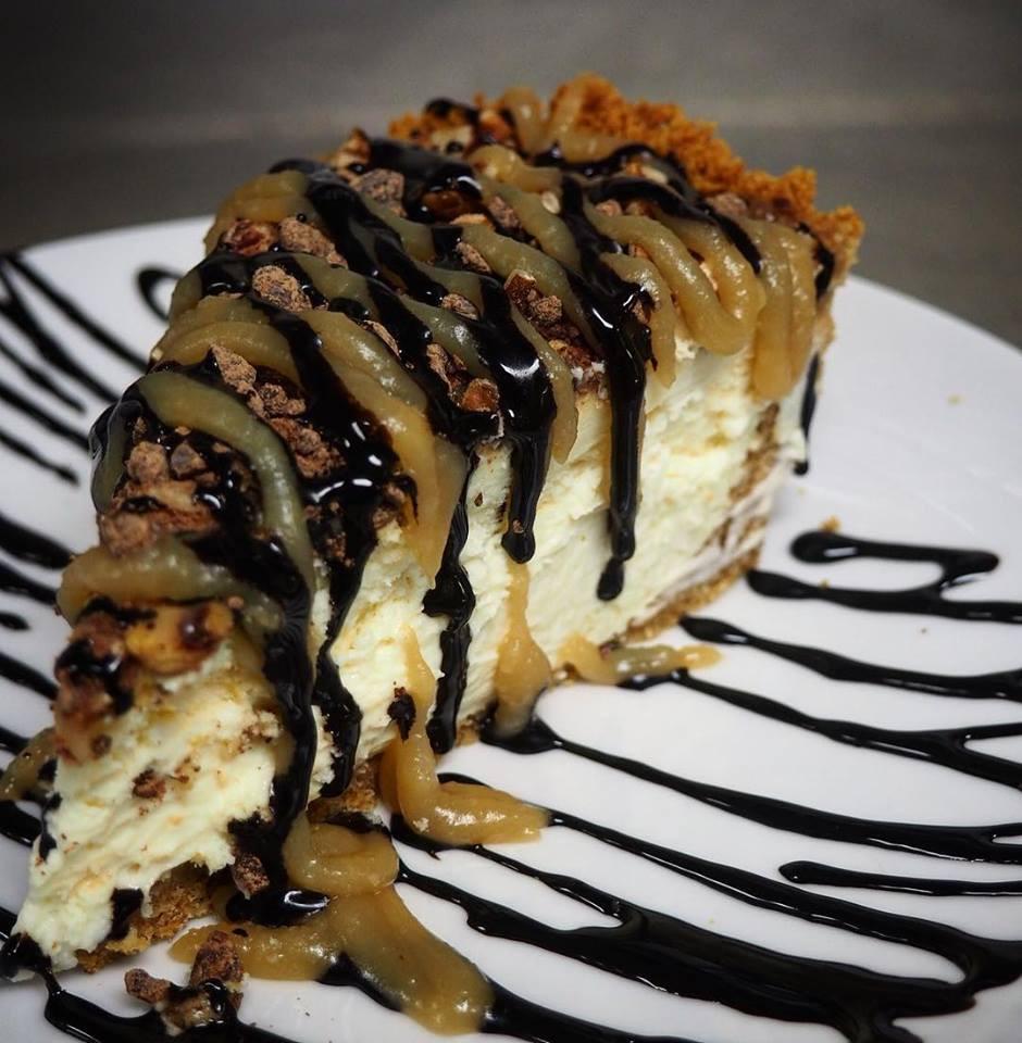 Turtle Cheesecake.jpg