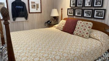 Barry Kemp Room