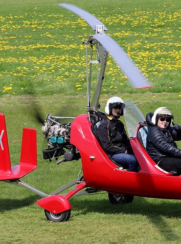 Gyrocopter Buzz Flight