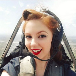 Miss Kelly - The Flying Pinup