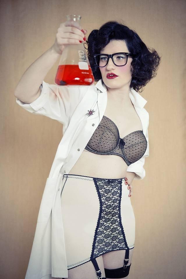 Miss Davina Foxx