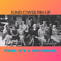 USA, Kansas - Sunflower Pin-Up