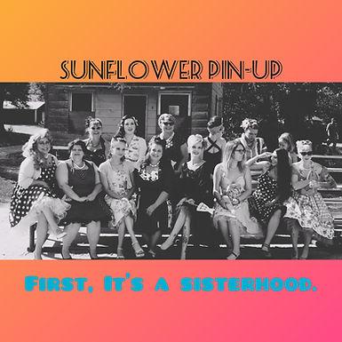 USA, Kansas - Sunflower Pin-Up