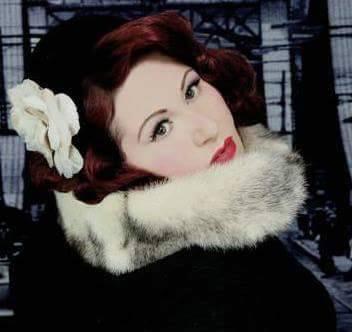 Miss Rouge Noir