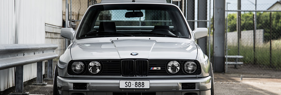 BMW M3 E30 Wallpaper