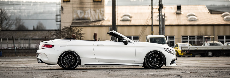 Mercedes C63 Cabrio AMG Wallpaper