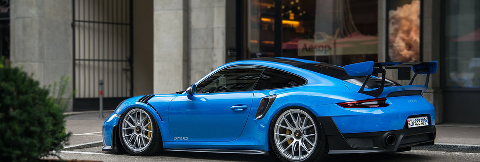 Porsche GT2 RS Wallpaper
