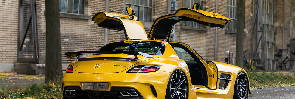 Mercedes SLS AMG Black Series Wallpaper