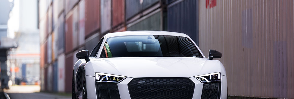 Audi R8 V10 Plus Wallpaper
