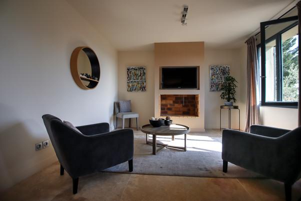 Salon TV intimiste - 1er étage