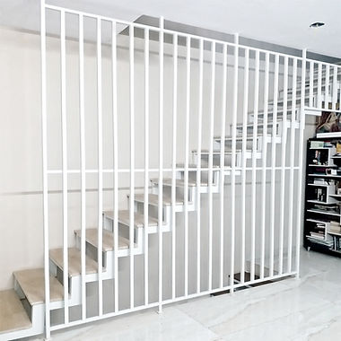 linear house, fabricated stair, wooden staricase, smart railing, white staircase, contemporary staircase, wooden treads