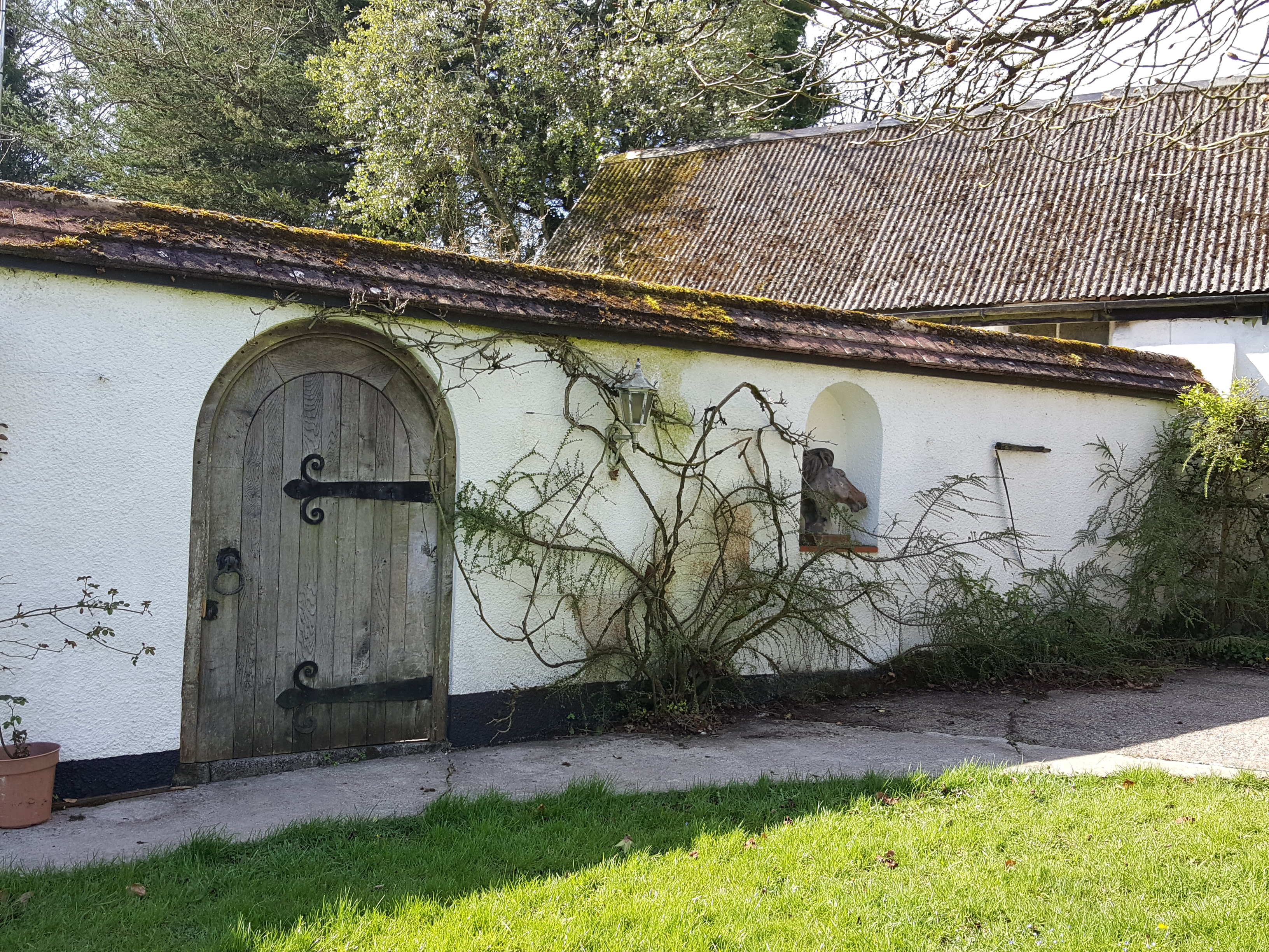 Entrance to Medieval BnB
