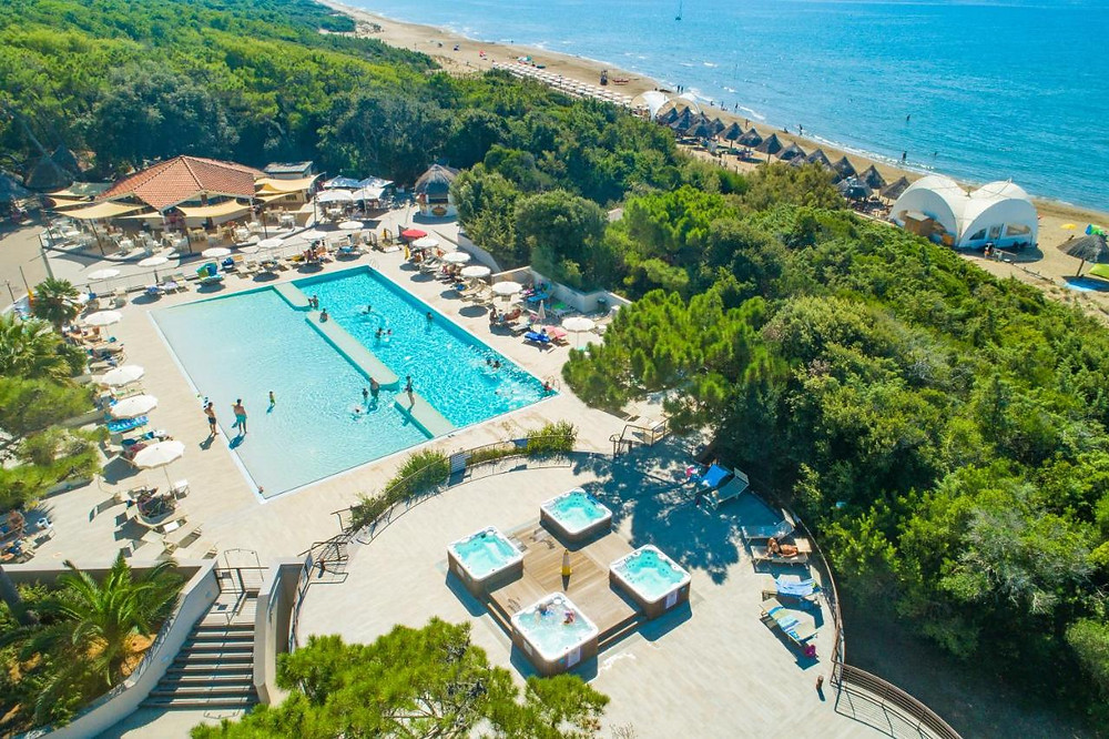 The pool next to the ocean at the Paradu eco resort in Italy