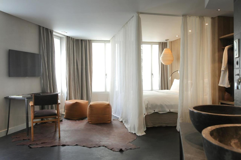 The room at the eco-friendly hotel in Paris Hidden Hotel