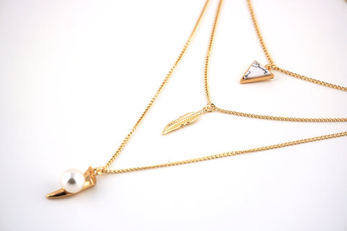 Feather Triangle Kette
