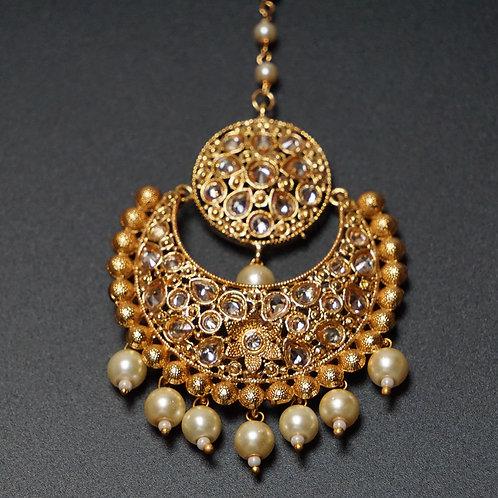 Antique Pearl Maang Tikka