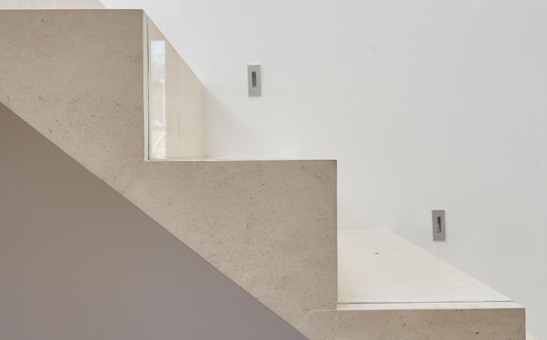 stairwaylighting.jpg