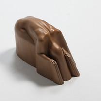 M절을하다-B bow down-B, 2014, bronze, 25x20x