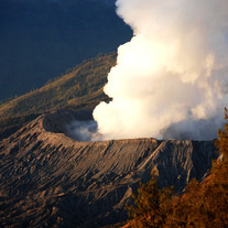 s_Bromo volcano ll_100X150cm_ pigment on